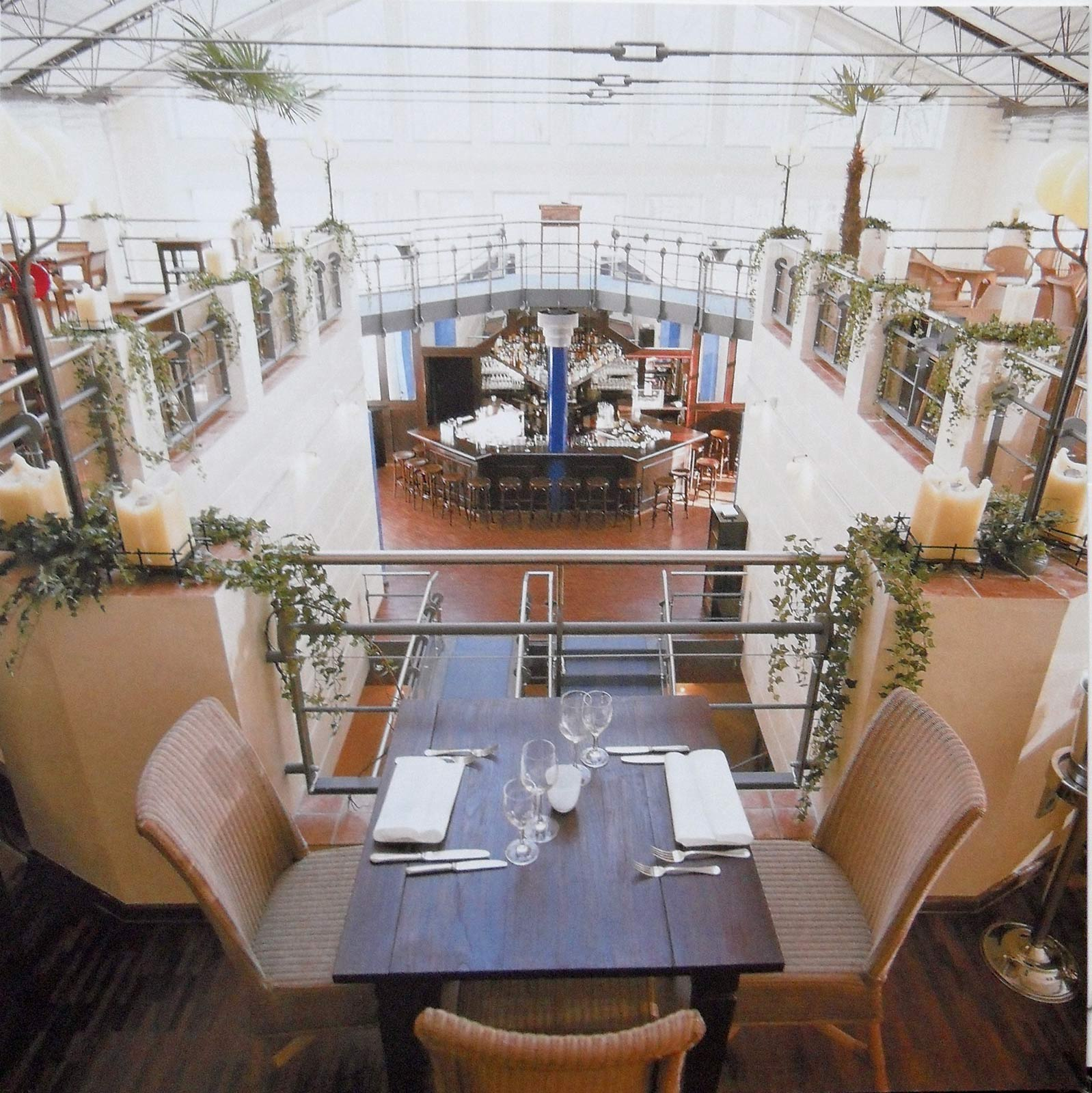 "Restaurant ""Aquapazza"" im Kesselhaus in München"