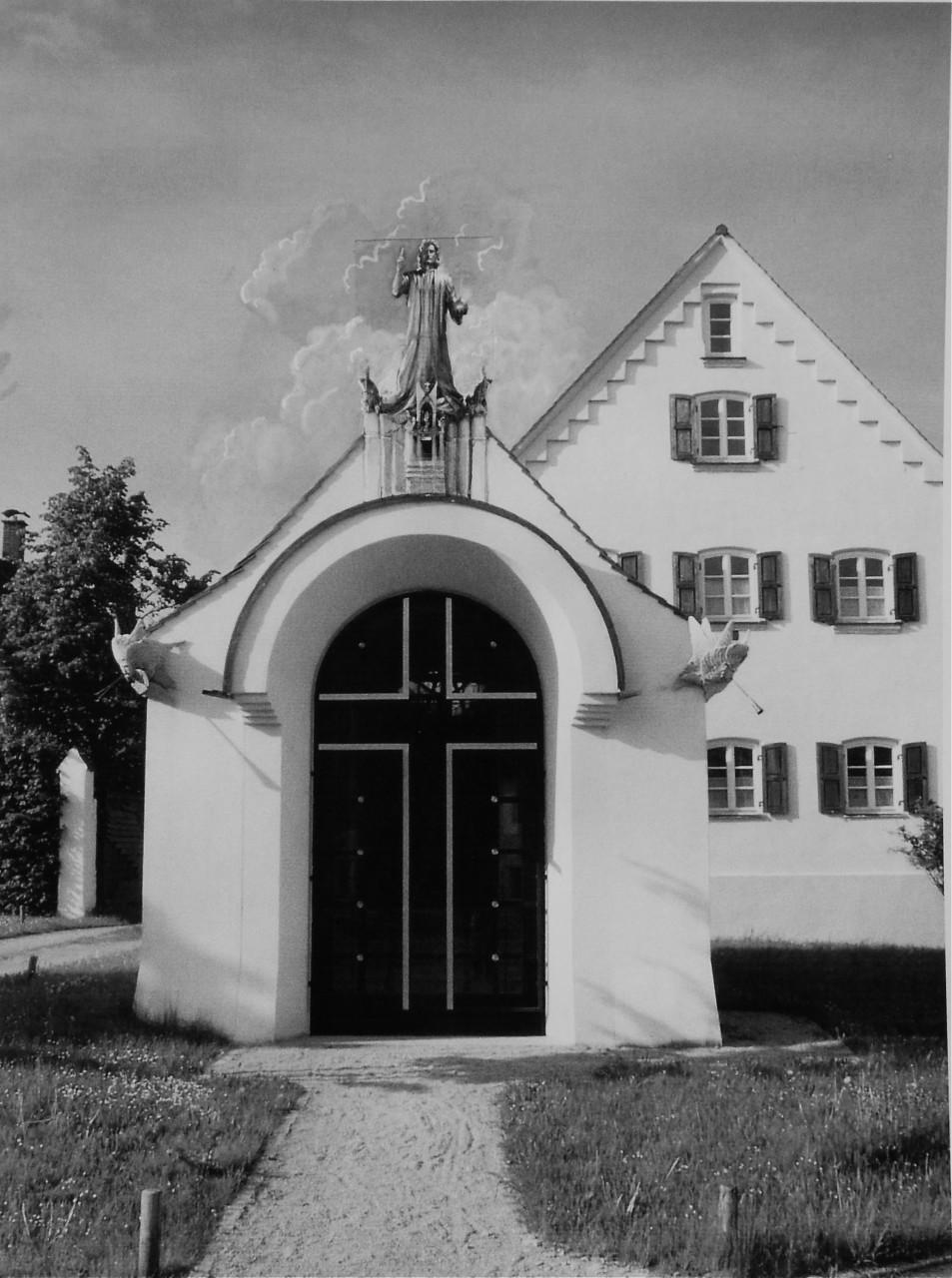 Die Christus Statue auf dem Giebel der Erlöserkapelle - Idealvorstellung